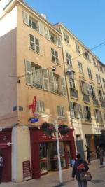 Appartement Toulon • <span class='offer-area-number'>60</span> m² environ • <span class='offer-rooms-number'>3</span> pièces