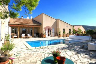 Vente maison St Jean de Fos • <span class='offer-area-number'>170</span> m² environ • <span class='offer-rooms-number'>5</span> pièces