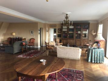 Vente appartement Chateau Gontier • <span class='offer-area-number'>246</span> m² environ • <span class='offer-rooms-number'>9</span> pièces