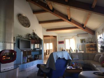 Achat appartement Arles • <span class='offer-area-number'>160</span> m² environ • <span class='offer-rooms-number'>3</span> pièces