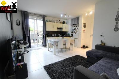 Vente appartement Montfermeil • <span class='offer-area-number'>55</span> m² environ • <span class='offer-rooms-number'>3</span> pièces
