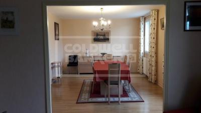 Vente appartement Saintes • <span class='offer-area-number'>92</span> m² environ • <span class='offer-rooms-number'>4</span> pièces