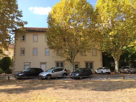 Location Appartement Allegre (30500)