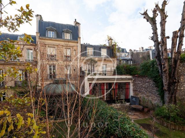 153 Annonces De Vente De Maisons A Paris 75 Logic Immo