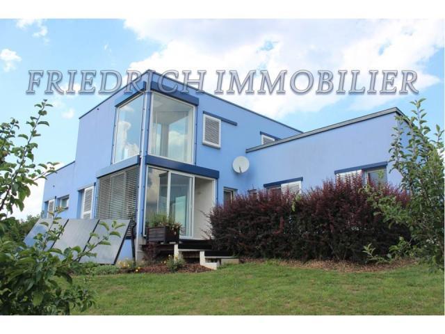 Maison - 145 m² environ - 4 pièce(s)