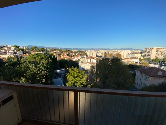 Location Appartement Meuble Antibes 06 149 Annonces Immobilieres Logic Immo