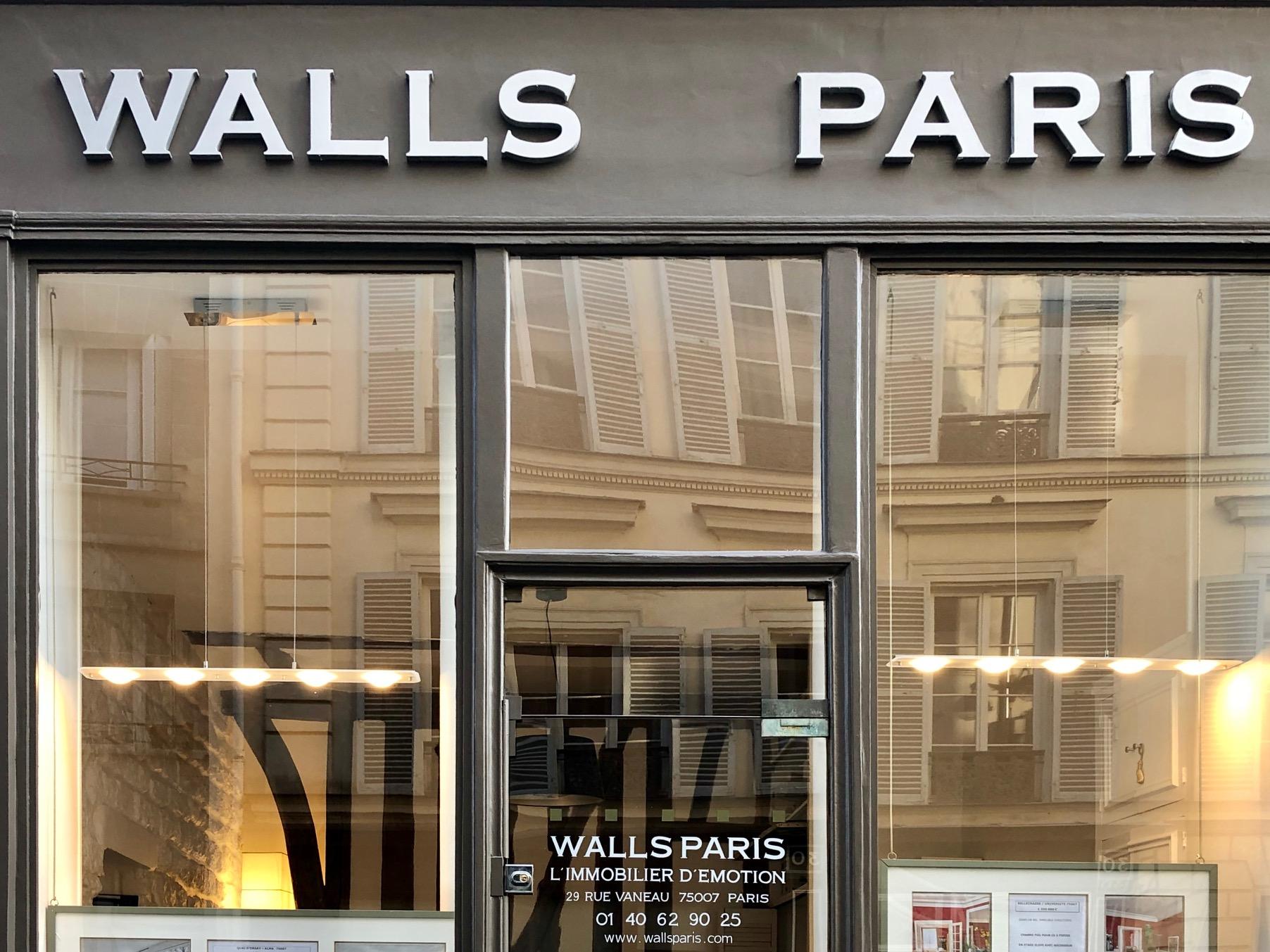 WALLS PARIS ASSOCIES
