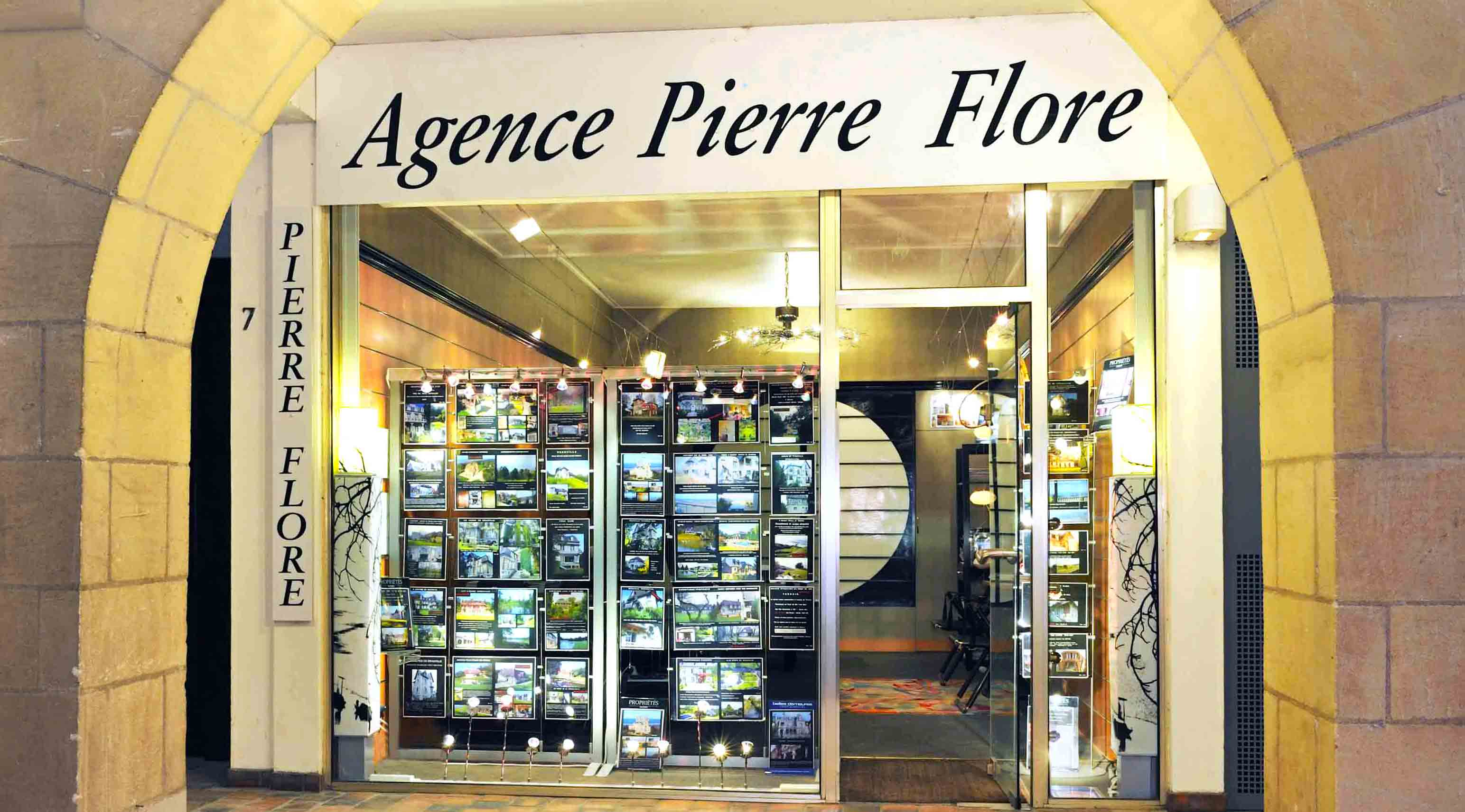 Agence Pierre Flore