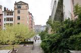 Dans le 5e arrondissement lyonnais, le neuf et l'ancien se côtoient.