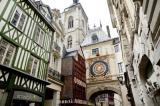 Rouen s\'enorgueillit d\'un riche patrimoine, à l\'image de l\'arche Renaissance du Gros-Horloge.